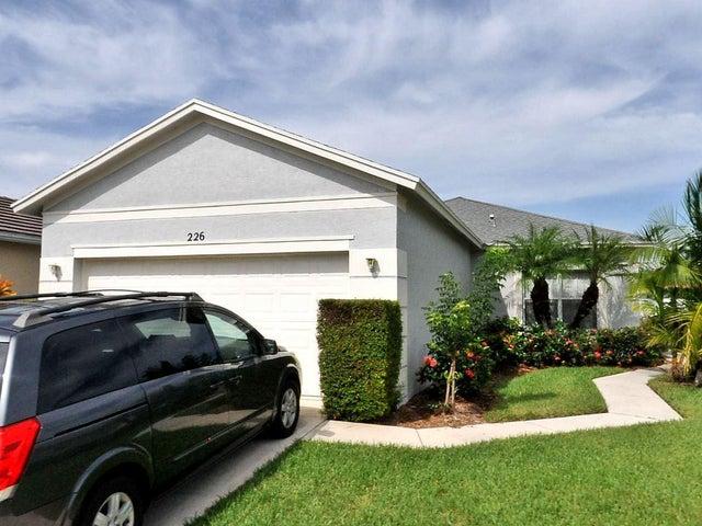 226 SW Manatee Springs Way, Saint Lucie West, FL 34986