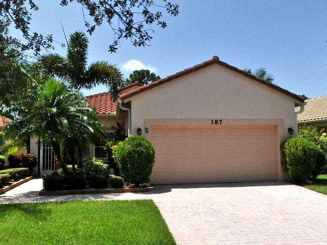 387 NW Granville Street, Port Saint Lucie, FL 34986