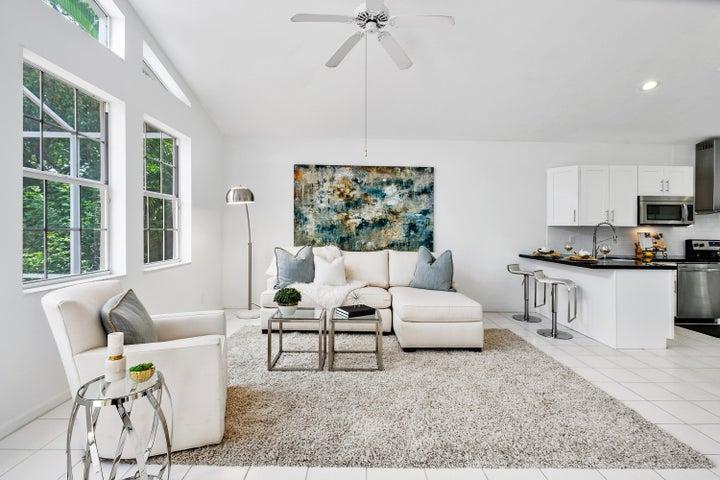 Family Room w/ Lake Views