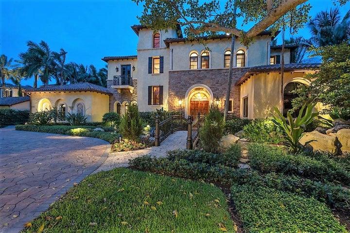 Elegant, Euro-inspired estate