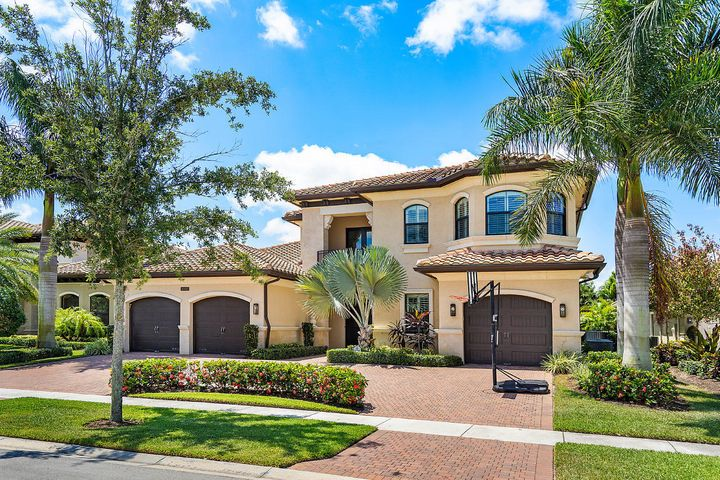16892 Charles River Drive, Delray Beach, FL 33446