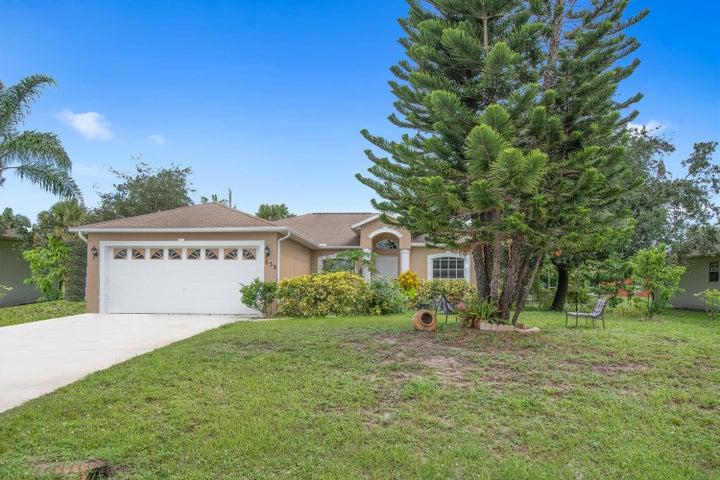 638 SW Mchole Avenue, Port Saint Lucie, FL 34953