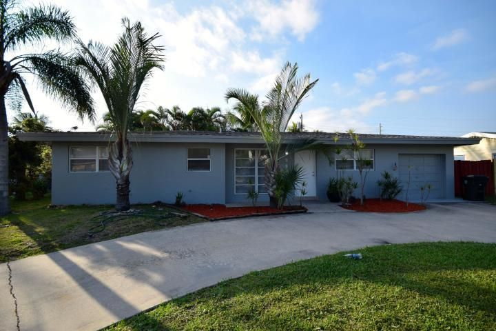 3501 NE 4th Avenue, Boca Raton, FL 33431