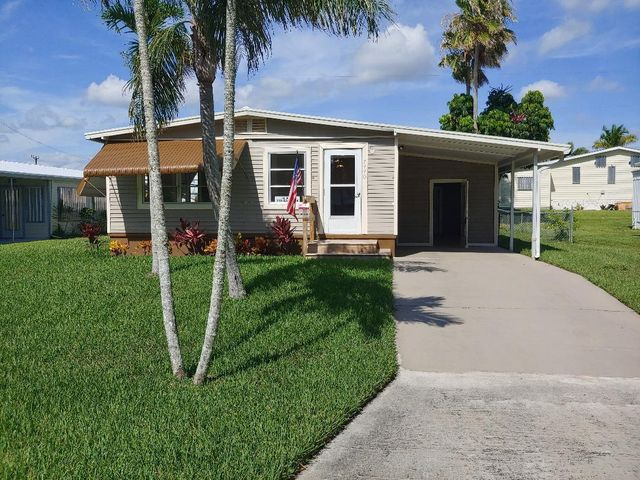 7440 SE Eagle Avenue, Hobe Sound, FL 33455