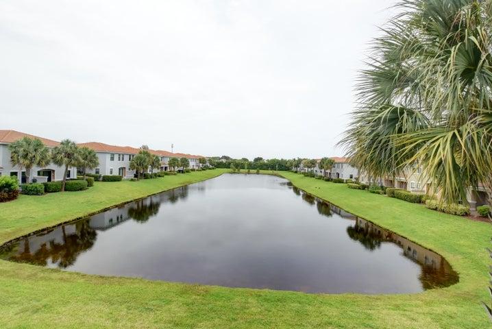 5115 Gramercy Square Drive, Delray Beach, FL 33484