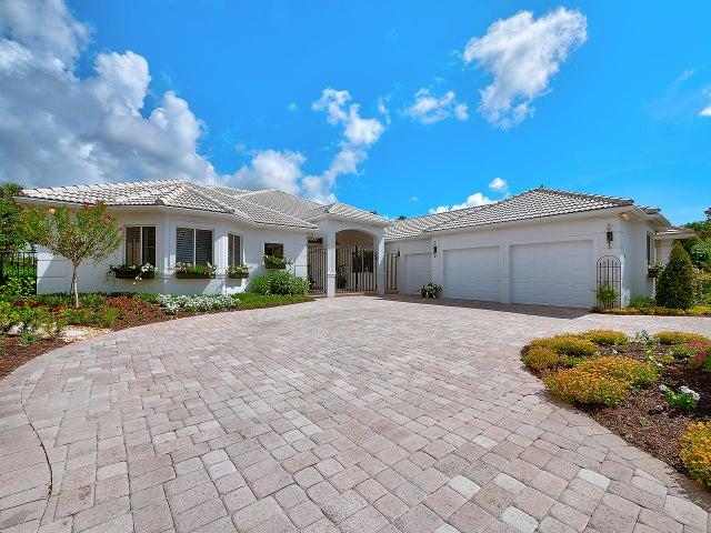 64 Saint James Drive, Palm Beach Gardens, FL 33418