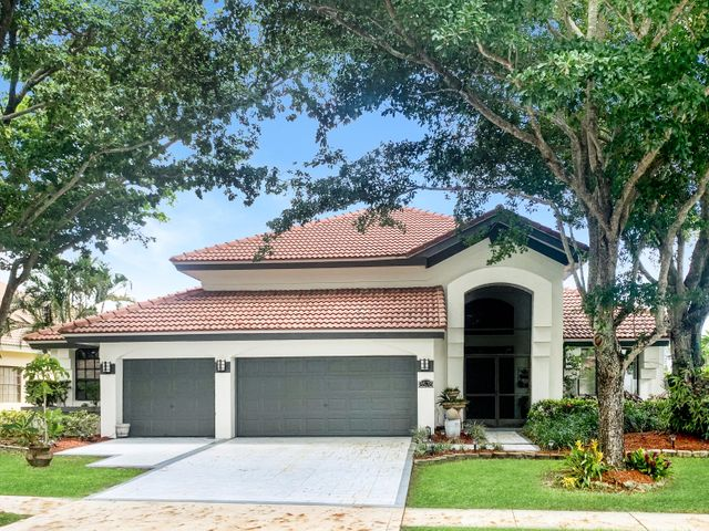 8578 Rolling Hills Boulevard, Lake Worth, FL 33467