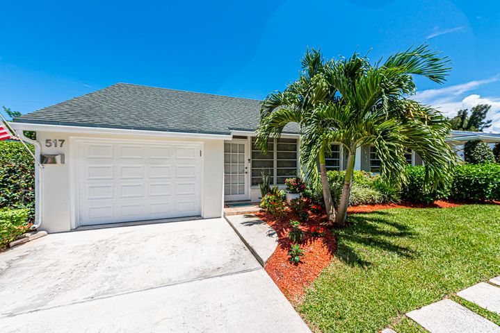 517 Aylesbury Road, Delray Beach, FL 33444