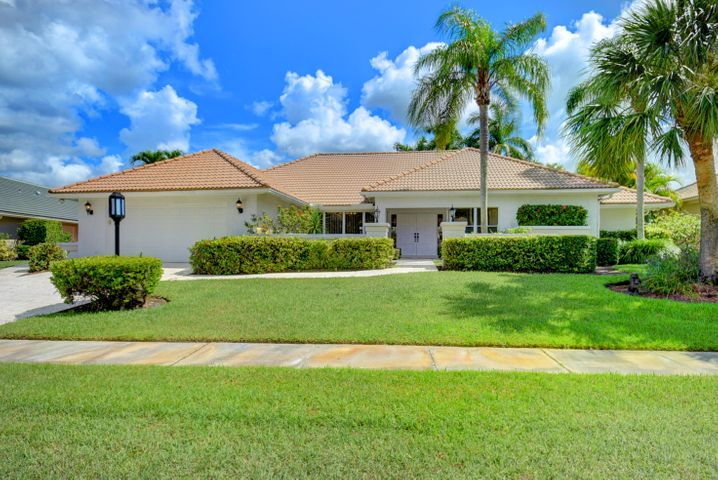 Walk in the double door entry to a grand waterfront and golf course view. No direct rear neighbors. Updated kitchen and powder room. Large master suite that opens to the covered and screened patio. New A/C and pool equipment. Enjoy the Stonebridge lifestyle with fine and casual dining, 18 holes of championship golf, tennis, and social activities.