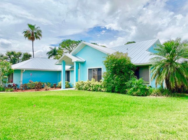 1075 SW Catalina Street, Palm City, FL 34990