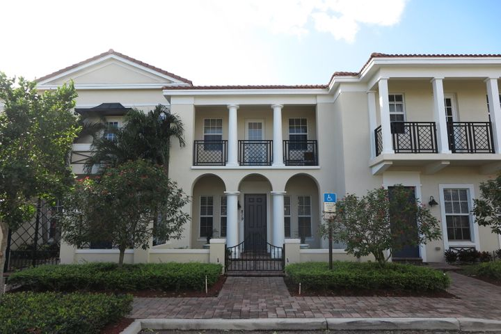 819 NW 82nd Place, Boca Raton, FL 33487