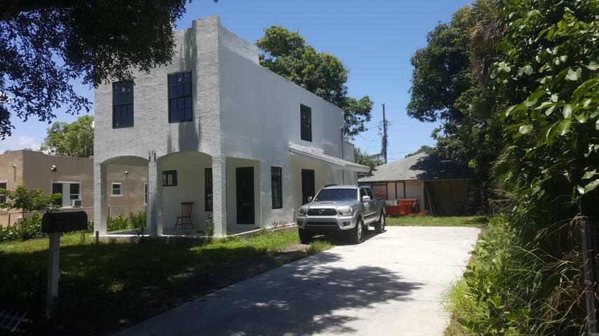 615 33rd Street, West Palm Beach, FL 33407