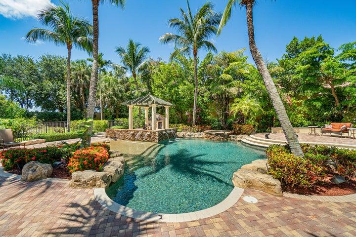 17881 Villa Club Way, Boca Raton, FL 33496