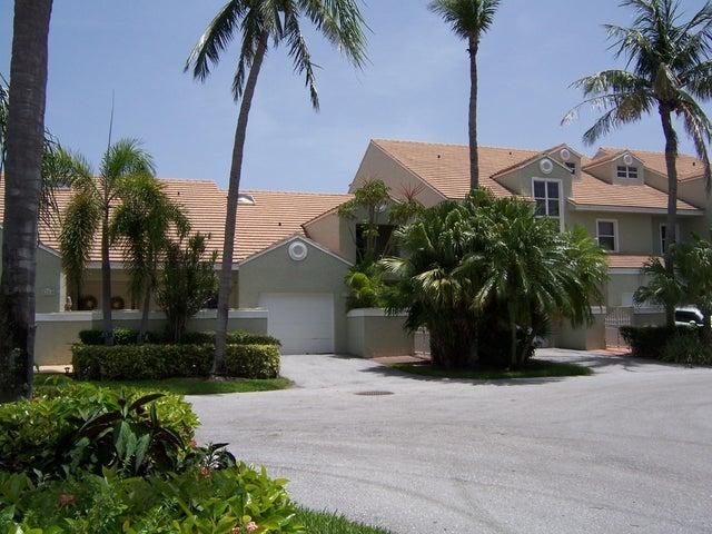 179 N Lakeshore Drive, Hypoluxo, FL 33462