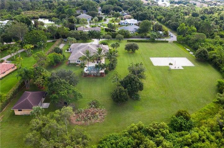 965 SE Martin Cove Place, Stuart, FL 34997