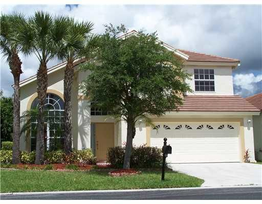 THE HOA FEE IS $336 PER QUARTER. SALTWATER POOL. EXCELLENT SCHOOLS JUST OUTSIDE SUBDIVISION.