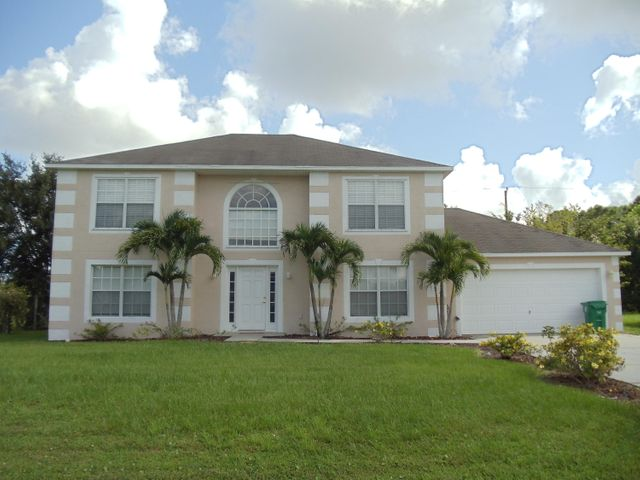 245 SW Uneeda Place, Port Saint Lucie, FL 34953