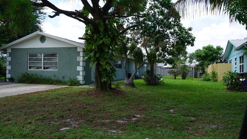 3371 SE Fairmont Street, Stuart, FL 34997