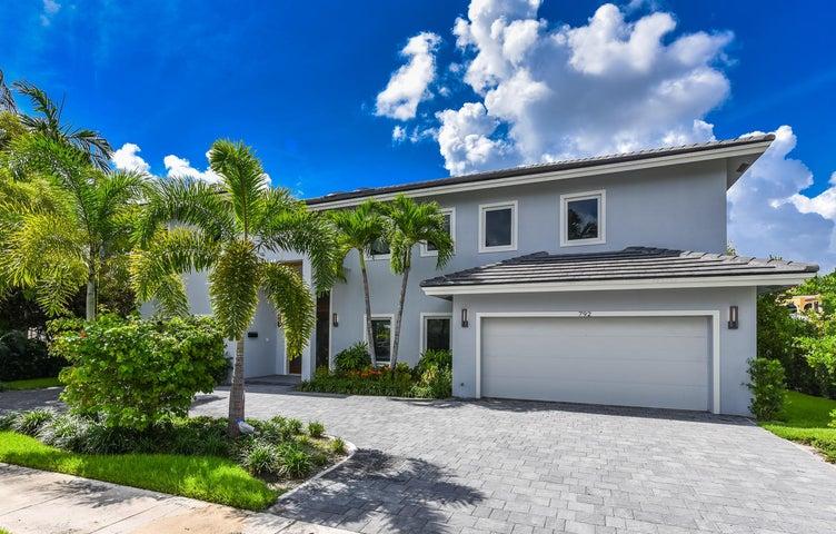 792 NE 33rd St Boca Raton FL-large-002-0