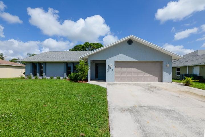 591 SE Volkerts Terrace, Port Saint Lucie, FL 34983