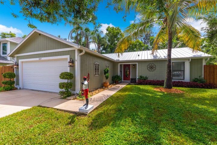 6613 SE Amyris Court, Stuart, FL 34997