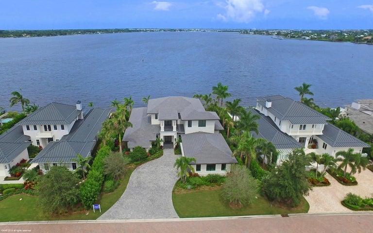 2810 SW Rivers End Way, Palm City, FL 34990