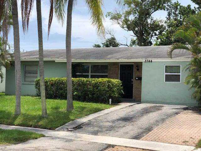 3744 Island Road, Palm Beach Gardens, FL 33410