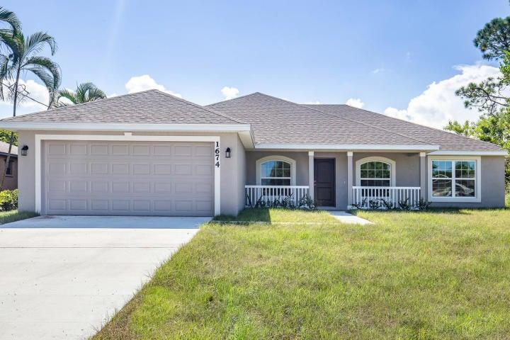 5607 Palm Drive, Fort Pierce, FL 34982