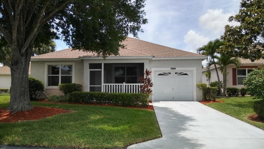 542 NW Portofino Lane, Saint Lucie West, FL 34986