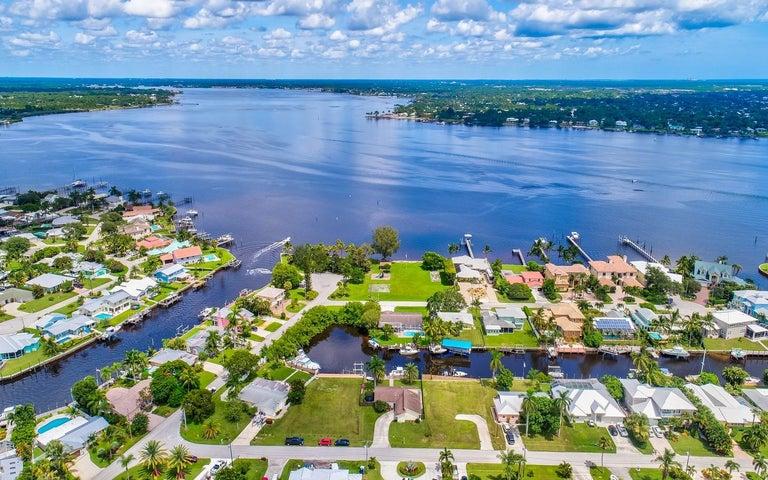 1455 SW Egret Way, Palm City, FL 34990