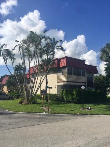 12027 S Greenway Circle, 101, Royal Palm Beach, FL 33411