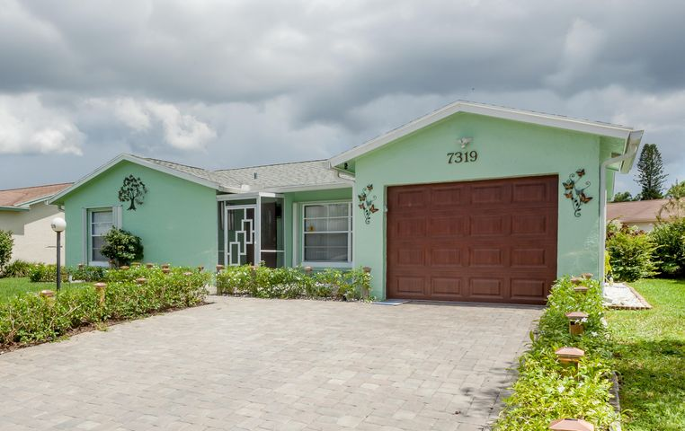 7319 Pineforest Circle, Lake Worth, FL 33467