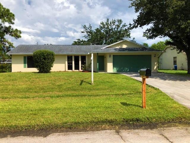 1673 SE Pleasantview Street, Port Saint Lucie, FL 34983