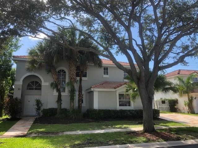 **PRICED TO SELL** SPECTACULAR 4 BR +  BONUS ROOM  2 1/2 BTH POOL HOME!  OUTSIDE RECENTLY PAINTED!  BACKYARD HAS HEATED POOL W/ SPA, TIKI BAR, & LOTS OF ROOM FOR ENTERTAINING W/ NO REAR NEIGHBORS!   THERE IS A CAMERA SECURITY SYSTEM THROUGHOUT ENTIRE HOUSE.  MASTER BATH RECENTLY REDONE W/ HUGE GLASS ENCLOSED SHOWER.  MASTER CLOSETS HAVE BUILT INS.  UPSTAIRS HAS LAMINATE FLOORING. HOA INCLUDES HIGH SPEED INTERNET & CABLE!   A RATED SCHOOLS!  CLOSE TO SHOPPING & DINING!  MISSION BAY HAS A BEAUTIFUL CLUBHOUSE W/ A STATE OF THE ART GYM, YOGA ROOM, CLUB ROOM, RESORT STYLE POOL, OUTDOOR BAR AREA, TENNIS COURTS, BASKETBALL COURTS, & GAME ROOM FOR KIDS.  LOTS OF EVENTS TOO!  LIVE THE ACTIVE LIFESTYLE W/ OUT PAYING COUNTRY CLUB FEES!