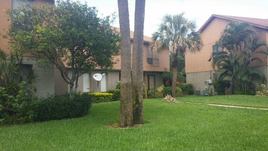 306 Sandtree Drive, 306, Palm Beach Gardens, FL 33403