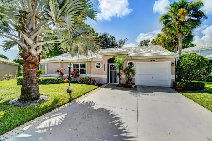 18189 SE Fairview Circle, Tequesta, FL 33469
