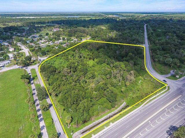 000 SW Warfield Boulevard, Indiantown, FL 34956