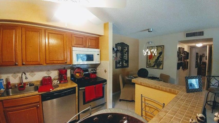 15449 Lakes Of Delray Boulevard, 106, Delray Beach, FL 33484