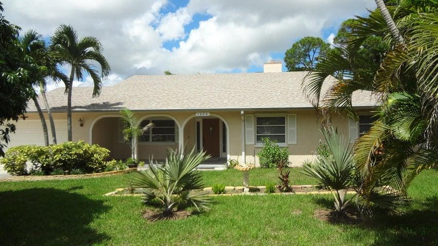 1424 NW Spruce Ridge Drive, Stuart, FL 34994