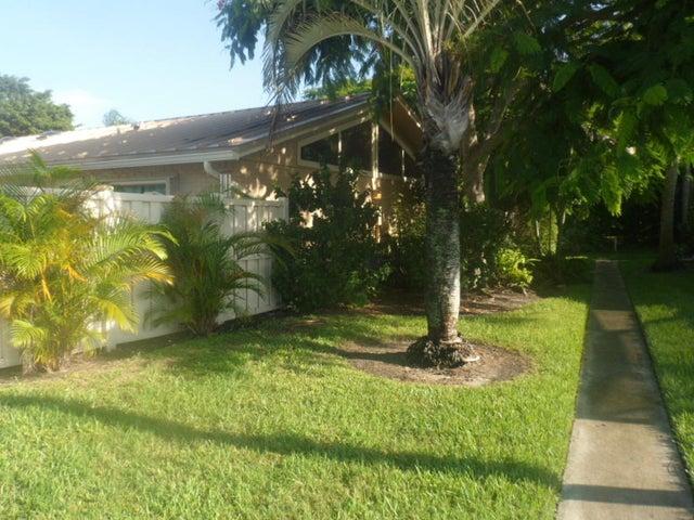 5473 Eagle Lake Drive, Palm Beach Gardens, FL 33418
