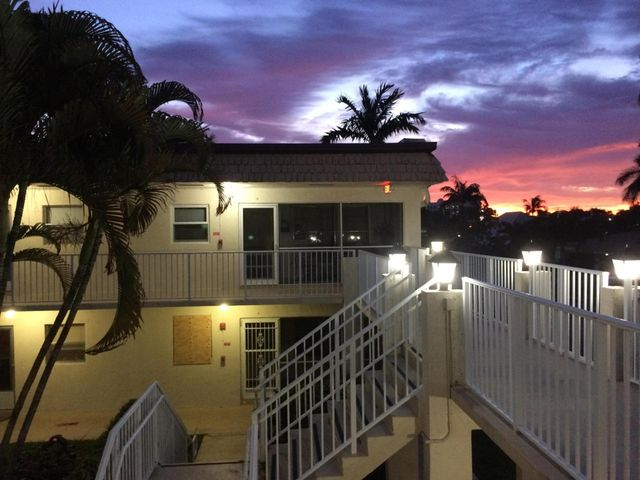 638 Snug Harbor Drive E18, Boynton Beach, FL 33435