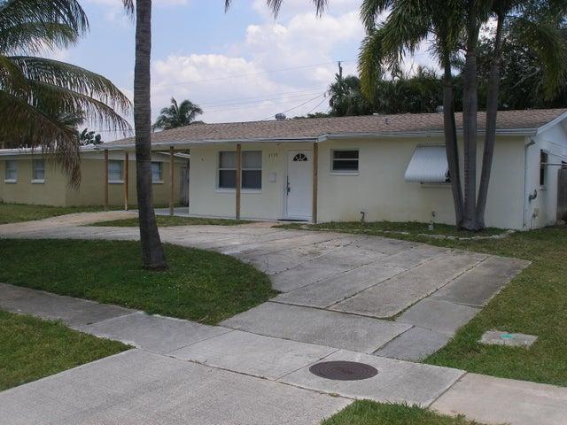 3739 Bahama Road, Palm Beach Gardens, FL 33410