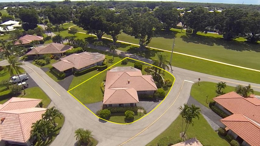 240 Rio Vista Circle, Atlantis, FL 33462