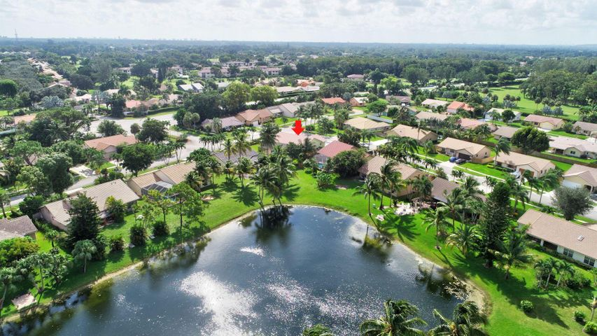 9045 Red Oak Lane, Boca Raton, FL 33428