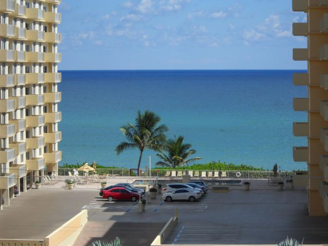 3301 S Ocean Boulevard, 902, Highland Beach, FL 33487