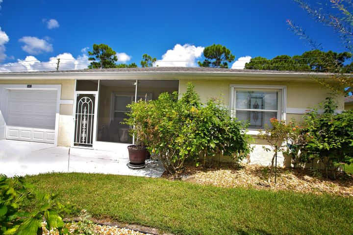 5692 Travelers Way, Fort Pierce, FL 34982