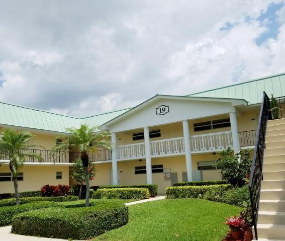 19 Colonial Club Drive, 204, Boynton Beach, FL 33435