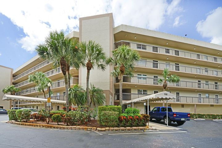 198 NW 67th Street, 401, Boca Raton, FL 33487