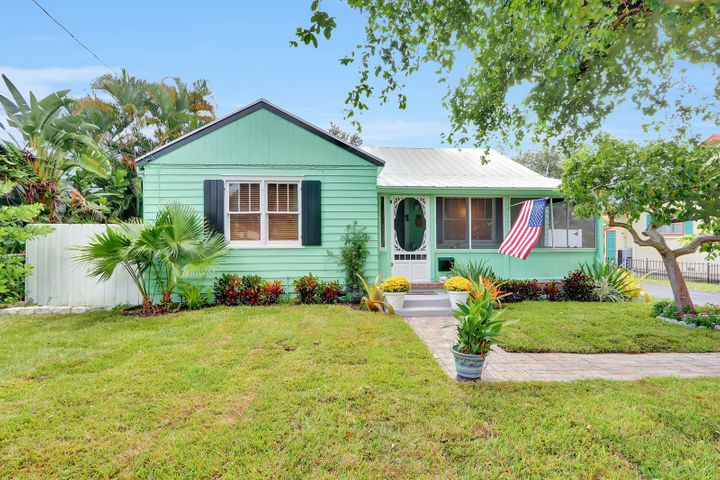 407 N Swinton Avenue, Delray Beach, FL 33444