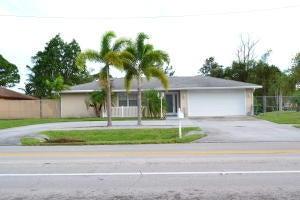 202 SE Thornhill Drive, Port Saint Lucie, FL 34984